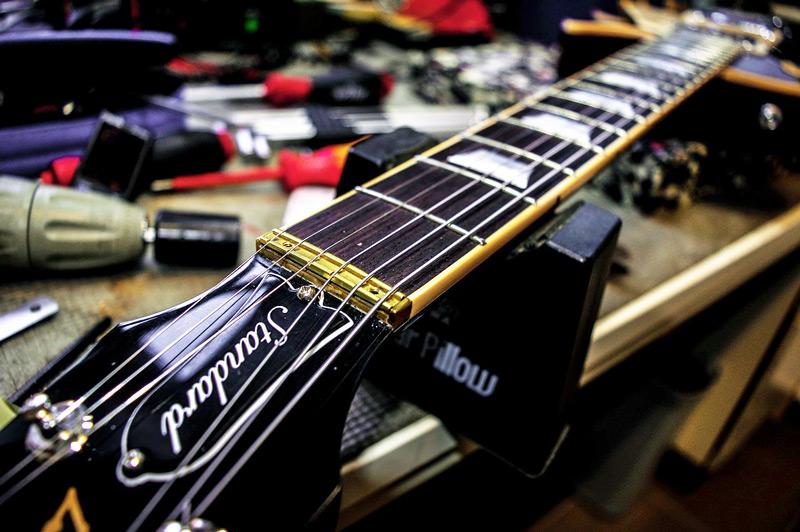 gitaar reparatie zevenaar