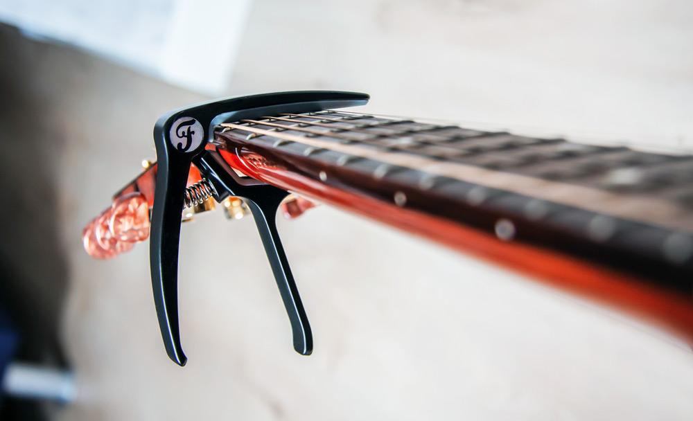 gitaar capo kopen internet